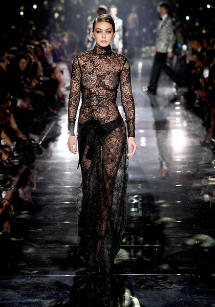 Джиджи Хадидна показе Tom Ford AW/20 Fashion Show